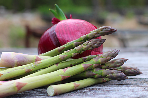 Asparagus and red onion web